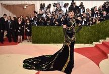 Tapete vermelho / Os looks mais lindos do red carpet do Oscar, Emmy, Grammy, Cannes e mais eventos glamurosos.