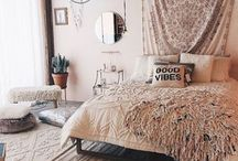 Bedroom Ideas - Bohemian / Ideas for bedroom decor and layout