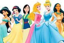 Disney / Como não amar o mundo encantado (e encantador) que Walt Disney criou? Ler estes artigos e pinar essas ilustrações são iguais a ver nossa infância passando diante dos nossos olhos ;)