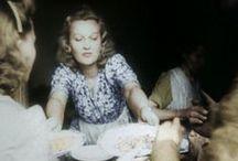 moda damska: stroje // women's fashion: clothing / Wojna nie ma w sobie nic z kobiety. Czy na pewno? Czas okupacji i okres powstania '44 nie zabiły w płci pięknej kobiecości. Jak ubierały się Panie w tych trudnych czasach? Co było modne?  #fashion #clothing #clothes #womenclothes #moda #stroje #modadamska #przedwojenni #prewar #powstaniewarszawskiefilm