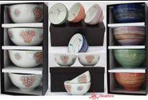 Explozie de culoare! / Set boluri viu colorate - noi ne-am gandit ca ar fi ideale pentru sosuri, salata de fructe sau gustari. Tu pentru ce le-ai folosi?  http://chinastore.ro/aranjarea-mesei/676-set-boluri-colorful.html  http://chinastore.ro/aranjarea-mesei/675-set-boluri-flower.html