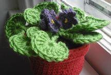Crochet flores / Flores en crochet / by Eugenia Madrigal Gutiérrez