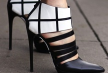Fashionista - Shoes & Accessories / by Séverine Fasnacht