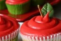 Cupcakes!! / by Rhonda Christensen