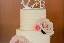 Have Your Cake + Eat it Too / Everything from classic to unique wedding cake ideas that inspire.