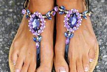 If The Shoe Fits / by Meg Burnham Bateman