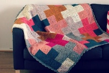 CROCHET | Blankets / I've a promise to myself: before I die, I must produce just one crochet blanket. Now, I don't want any old blanket. I don't want difficult, but I do want striking. And this is where I'm finding my inspiration from! Be warned: my judgment is not to be trusted.