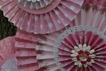 Flowers & Pinwheels / by Paula Tiscornia