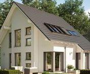 Energiesparhaus / Das Energiesparhaus: Zukunftsweisend, nachhaltig und energieeffizient. Wir stellen moderne Energiesparhäuser vor.