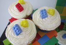 Lego Party Cakes / Lego Party Cake Inspiration