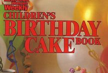 Australian Women's Weekly Birthday Cakes / The cakes you remember from childhood in the 1980's and 1990's
