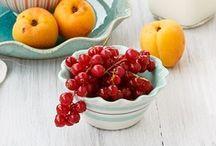 En Cuisine ... Fruits & Desserts fruités / by Danièle