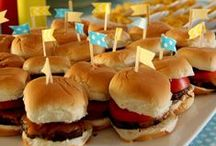 Feeding Your Volunteers / Easy & affordable meals to feed your volunteers at an event.