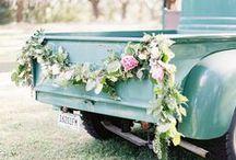 Wedding: Ceremony decor & getaway car