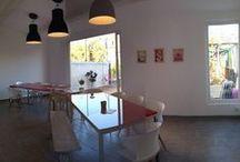 Meetings Rooms SMACK / Situé au plein cœur de Marseille, SMACK COWORKING met à votre disposition 3 salles de réunion équipées des dernières technologies audio-vidéo-web avec un accès privatif au toit terrasse et une vue imprenable. http://smack-coworking.com/services-tarifs/salle-de-reunion/