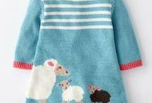 Schöne Woll-Kleidung für das windelfreie Baby / Alles, was in keine andere Kategorie passte..., Mützen. Lätzchen, Kleider, Jacken, Pullover, welche nicht durchgehend zu knöpfen sind....  uuuund Decken