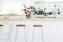 Kitchen Ideas / The heart of the home = the kitchen. A collection of dream kitchen designs, kitchen hacks and kitchen decor made for modern living.
