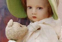 bambole / collezione di pupé