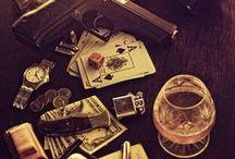GADGETS / Essentials that a gentleman should have.