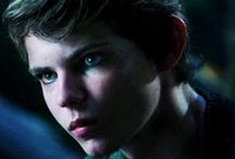 """Best Actor Ever: Robbie Kay! / OMG! I am a huge Oncer, and when I saw Robbie Kay as Peter Pan on season 3, I nearly collapsed! HE IS SOOOOO HAWT!!!! For some reason after, I became obsessed an transformed into the ultimate fan girl! I started watching HIS movies, and actually read some fanfic about him as well... So if you go to my boards, he's in, like, 3 of them, including """"My Favorite Once Upon a Time Characters"""", """"Favorite Heroes Reborn Characters"""", and this one."""