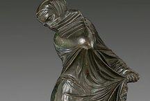 скульптура women sculpture