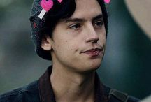 Cole Sprouse ⭐️