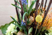 Blomsterbinding / Inspiration til binding og vaser, keramik og fakirer! Samt egne buketter, blomsterdekorationer og vaser.