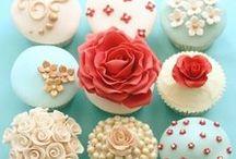 BAKE ME: Cupcakes vs Muffins