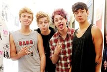 5 seconds of summer. / -Luke -Ashton -Calum -Michael  They are my life, I fell in love with them and never gonna stop! I am so proud of them and I love them so much! ~2012~ / by Samantha Esposito