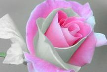 Flowers....... Pretty Flowers / by Suez Elledge