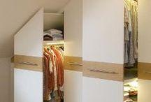 Drabužinės / Drabužines (rūbines) gaminame iš laminuotos plokštės. Projektuojame atsižvelgdami į patalpos formą ir dydį. Savo parduotuvėje turime didelį drabužinių įrangos pasirinkimą. Gaminame stumdomas duris, stalčius, lentynas, spinteles, spintas.  www.diforma.eu