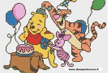Cartoons - Winni The Pooh and Friends., freebie cross stitch