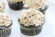 RECIPES :: Desserts / Yumminess! Cakes, cupcakes, ice cream and more dessert recipes