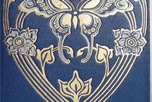 Livre / Books / Livres anciens, belles couvertures et librairies du monde