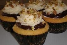 Italian Cupcakes / Cupcake Recipes based on Traditional Italian Desserts
