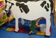 Farm theme / Oodles and oodles of ideas to inspire a farm theme in preschool!