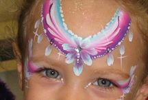 face paint princess and fairy / #facepainting ideas for girls, princess crown tiara fairy face paint designs