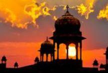 India / Se c'è uno Stato che può essere paragonato a un altro pianeta, questo è l'India. Un mondo a parte, dove passato e presente convivono, tra spiritualità e pacifismo.