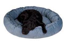 HUNDEBETT 'Cord' | KENSONS for dogs / Dieses Design-Hundebett ist ein Muss für den trendbewussten Hund von heute! - Hundebett aus strapazierfähigem und komfortablem Cord-Stoff - 100% Baumwolle | Ökotex zertifiziert - Herausragende Qualität und Verarbeitung! - Füllung aus 50% Faserkugeln und 50% Latexflocken - Einteiliger Bezug - Maschinenwaschbar bei 30°C - Bezug abnehmbar - Dieses Hundebett ist in 3 Größen und 3 stilvollen Farben erhältlich - made with love for your dog, your home, your style