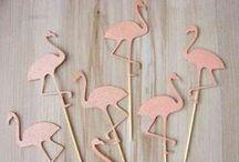 Folle de flamants roses / La folie des flamants roses sur les objets déco, carnets etc! Ils sont partout!  If you like having flamingos everywhere in your house, come here!