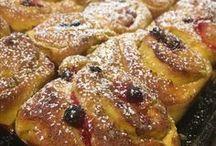 Restaurang Morsans Kök / Här hittar man bakverk och maträtter som jag själv komponerat ihop. Titta, laga, smaka och njut!   Mer inspiration hittar man på min blogg www.nouw.com/mrs_filipssoncarpemo eller på min instagram: mrs_filipssoncarpemo  Hoppas det smakar!