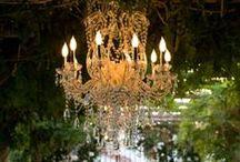 Люстра в декоре свадьбы