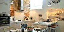 Nos Cuisines / Gourmand ? Voici des cuisines issues de nos hébergements dans lesquelles vous pourrez préparer vos mets préférés !