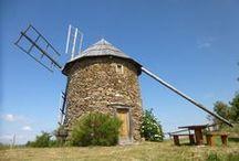 Vacances insolites / Vivez un séjour atypique dans un pigeonnier, une cabane en bois, un moulin à vent ... Une expérience inédite à découvrir !
