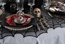 Home Decor Ideas / Halloween/Horror/Spooky Home Décor - I want to live in a haunted spooky house :)