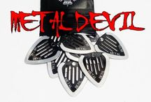SINISTER GUITAR PICKS METAL EDGE GUITAR PICKS / Some Pictures of Sinister Guitar Picks \m/  Sinister by Design- The Only Guitar Picks with a Metal Edge