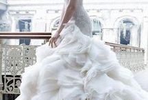 Dream dresses and wedding Inspiration / by Nay Lenoir