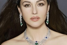 Jewelry & Watches / Beautiful jewelry and watches. Great selection of fashion and fine jewelry from the most popular brands. Find earrings, necklaces, handbags and scarves for any occasion.