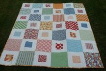 Baby Sister's Quilt / Ellie's little sister needs a pretty quilt!