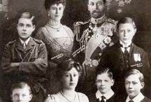 King George V & Queen Mary (& family) / by Girl 19.9